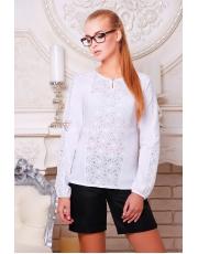 Белая блузка с нежным ажурным узором Kypava