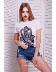Белая футболка с черным принтом Hamsa