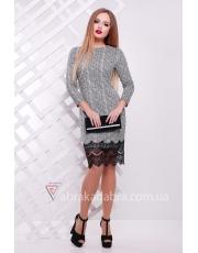 Трикотажное платье футляр с гипюром по низу Grey